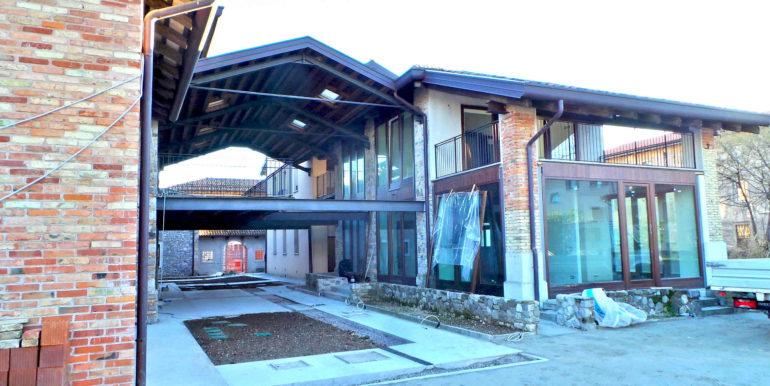 Villa pluricamere nuova