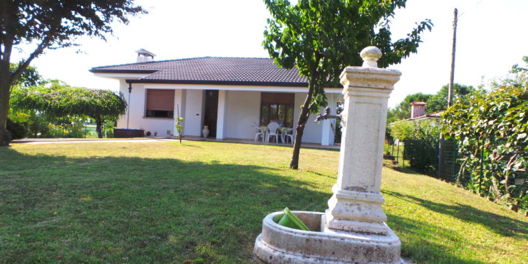 Villa indipendente con Dependance