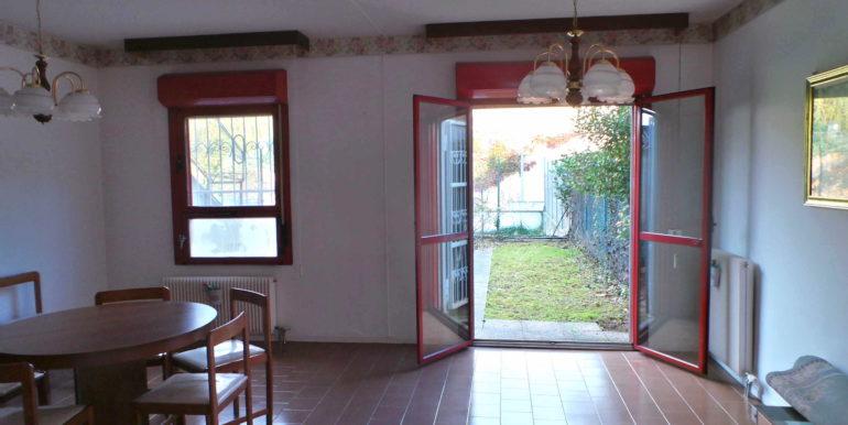 Mini appartamento con giardino