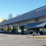 380 mq in complesso commerciale commerciale