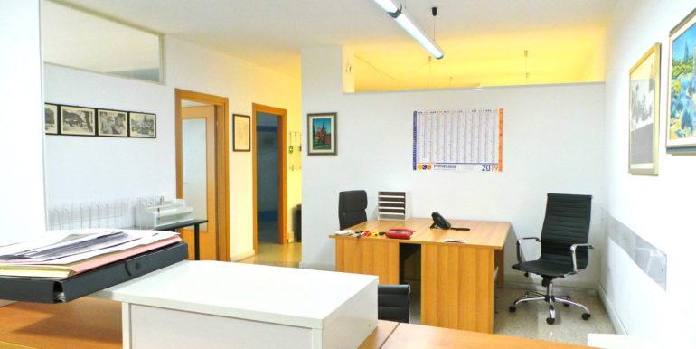 Ufficio arredato di 125mq cablato
