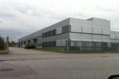 Capannone industriale con carroponte e uffici