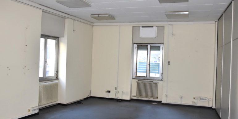 Palazzo cielo terra con garage di 145mq