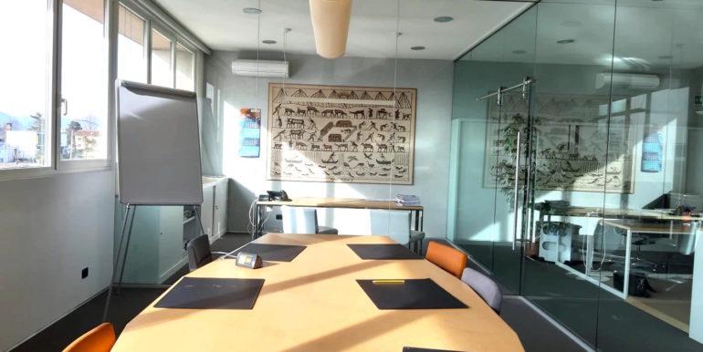 Luminosissimo ufficio di 220mq arredato