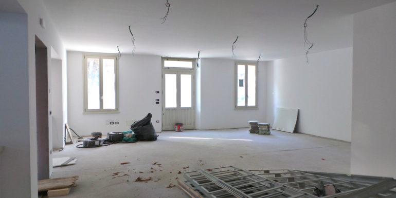 Uffici e Negozi varie metrature da Euro 200.000