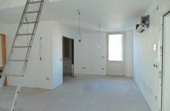 Nuovo tricamere in duplex con terrazzo a due passi dal centro