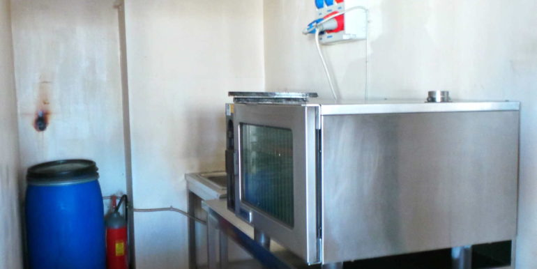 Birreria paninoteca 300mq con canna fumaria