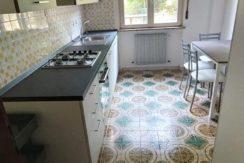 Appartamento bicamere con cucina arredata