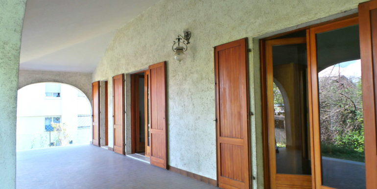 Villa indipendete ampie metrature