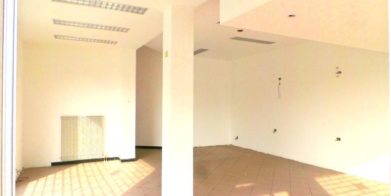 Luminoso ufficio in centro