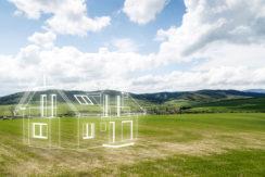Terreno edificabile uso residenziale a Savorgnano vicino al centro, totalemnte pianneggiante.Terreno con forma angolare d'angolo